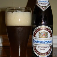 Review of Weihenstephaner Hefeweissbier Dark Dunkel